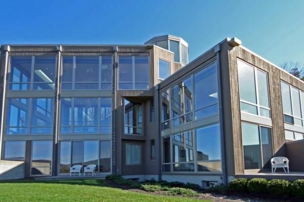 super-coole-architektur-modernes-glashaus- ein schönesgebäude