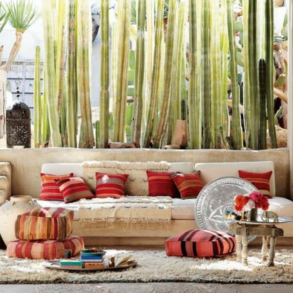 super-schöne-orientalische-sitzkissen-sehr hohe pflanze