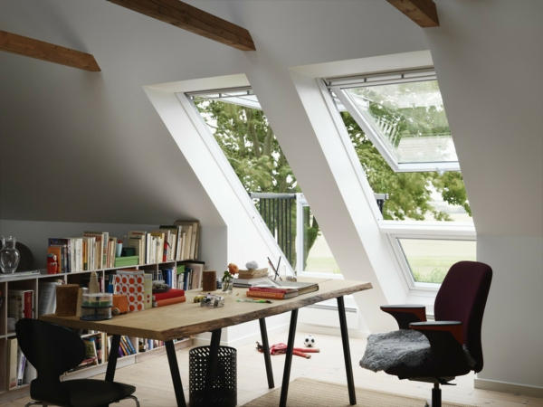 velux dachbalkon eine minimalistische design entscheidung. Black Bedroom Furniture Sets. Home Design Ideas