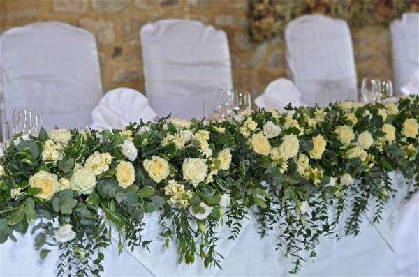 vintage-cream-top-table-trailing-rose-stock