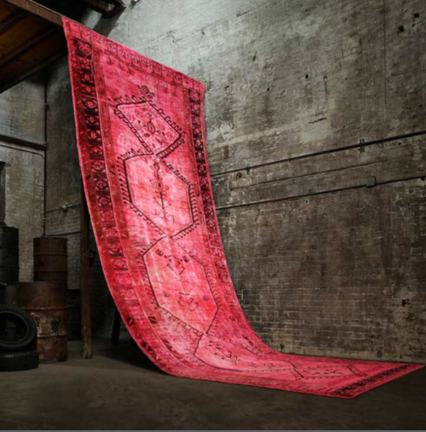 vintage-teppiche-rote-farbe-super interessantes bild
