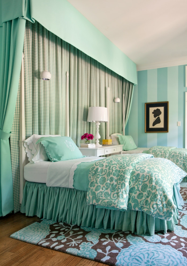 wandfarbe-mintgrün-traditional-bedroom-tobi-fairely-mint-tifannys-blue-better-decorating-bible-blog-interior-design