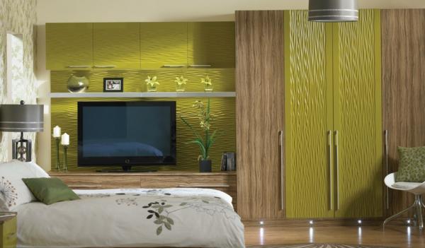 wandfarbe-olivgrün-für-eine-moderne-wohnung-sehr großer fernseher