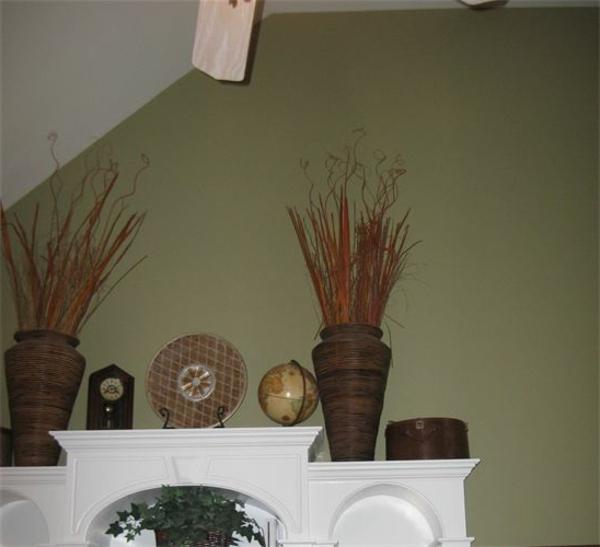 wandfarbe-olivgrün-schöne dekoartikel