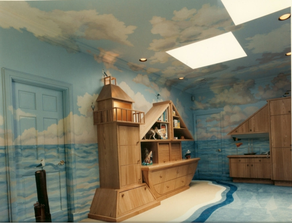 wandmalerei-im-kinderzimmer-fashionable-nautical-mural-for-kid-playroom-front-view