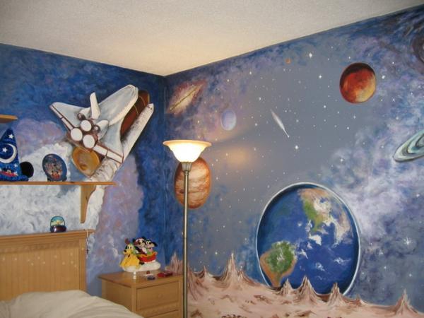 wandmalerei-im-kinderzimmer-weltall
