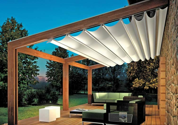 pergola holz mit sonnenschutz. Black Bedroom Furniture Sets. Home Design Ideas