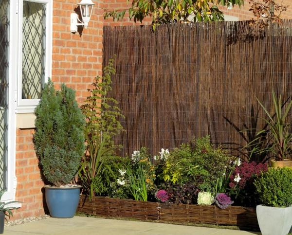 Weidenzaun selber machen f r eine nat rliche gartengestaltung for Gartengestaltung langer garten