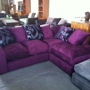 Sofakissen in lila für eine coole Zimmer-Ausstattung!