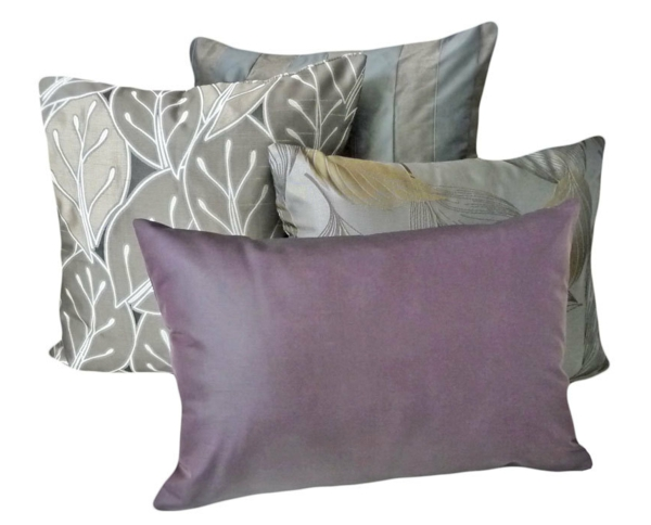 sofakissen in lila f r eine coole zimmer ausstattung. Black Bedroom Furniture Sets. Home Design Ideas