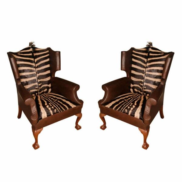 zebrafell-möbel-braune-stühle