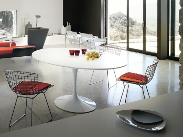 Modernes-Design-mit-dem-Tulip-Tisch