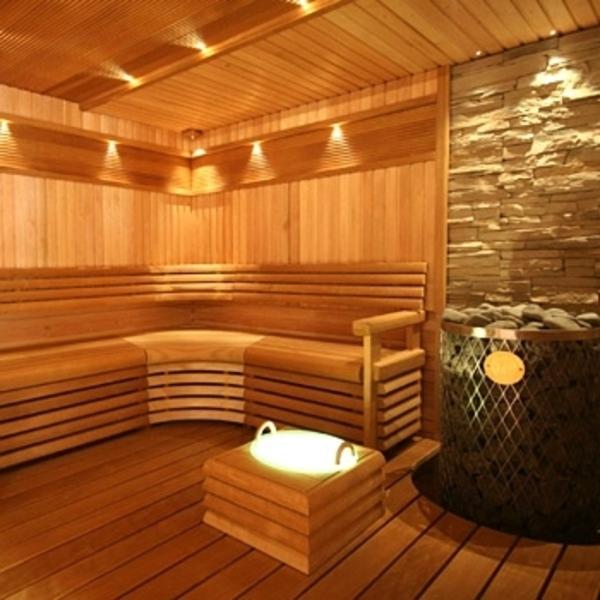 Garten-Sauna-Holz-lichter