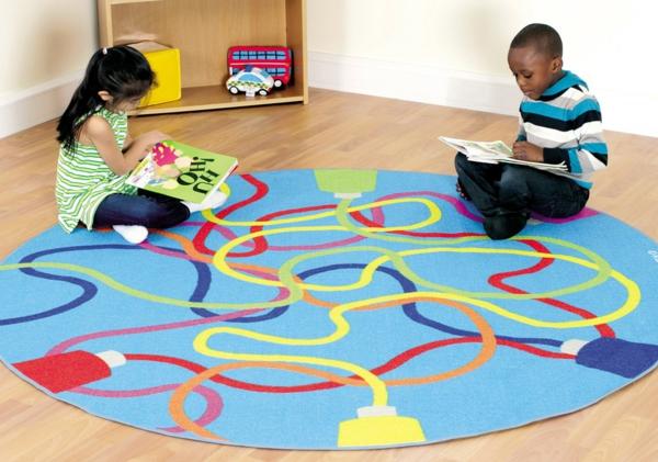 HABA-Teppich-blau-mit-kindern