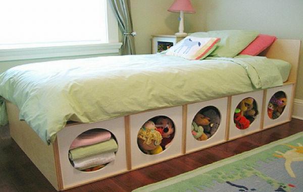 Kinderbett-mit-dem-Lager