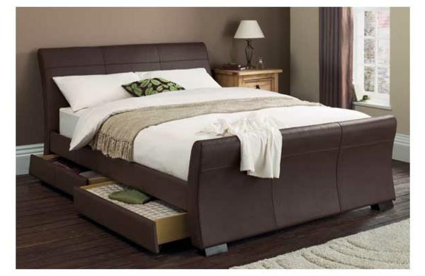 Elegantes-doppelbett-mit-zwei-schubladen