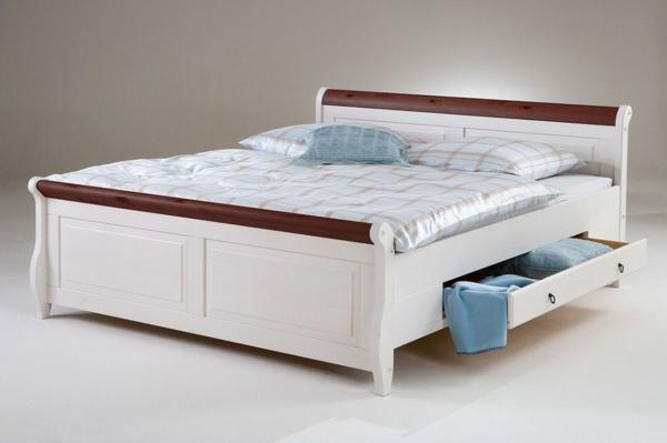 Doppel-Bett-weiss