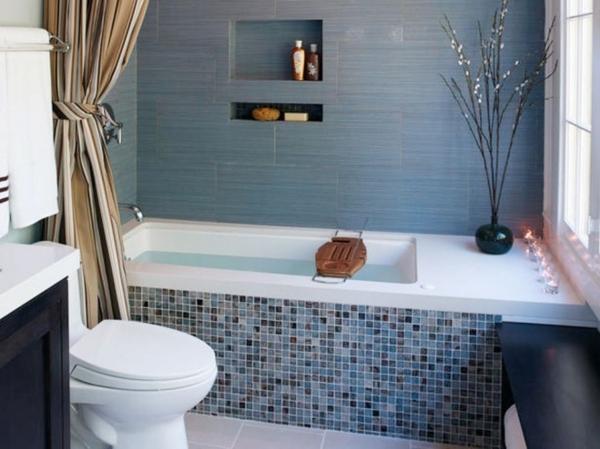 coole-Badewanne-für-kleines-Bad-Mozaik