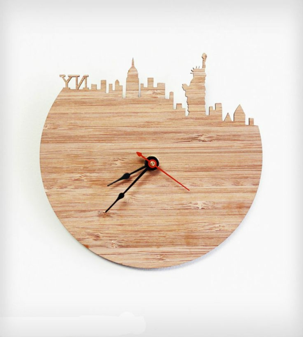 Dekoelement-Wanduhr-aus-Holz-New_York-Motive