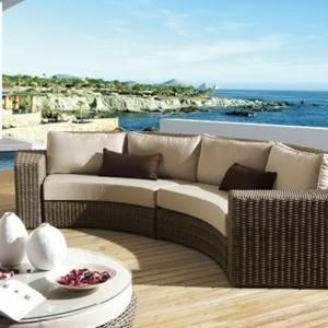 Effektvolle Polyrattan Loungemöbel