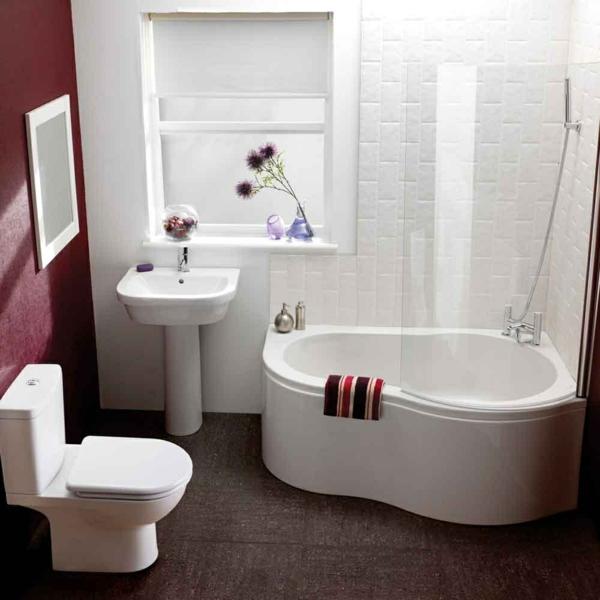 Eckbadewanne-Badewannen-für-kleines-Badezimmer