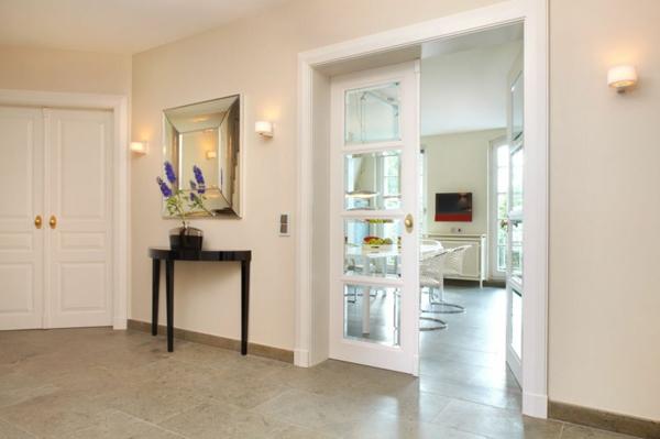 einrichtungsideen f r flur interessante vorschl ge. Black Bedroom Furniture Sets. Home Design Ideas