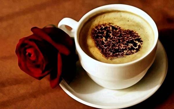 -Kaffeefans-Tasse-Kaffee-mit-tollem-Bild