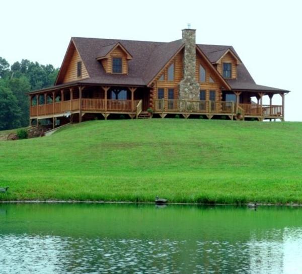 Haus-Holz-Designidee-Gras