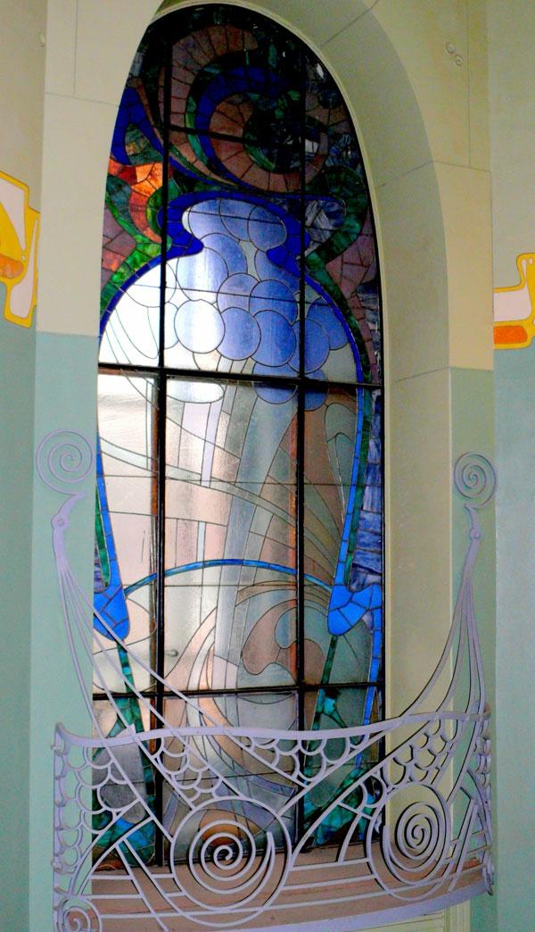 Jugendstil - Ornamente- Vorlagen-als Deco-für-das-Fenster-blau-und-bunt