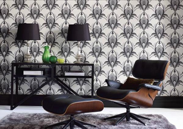 Jugendstil - Ornamente- Vorlagen-die-Tapete-und-eine-sschwarze-Sofa