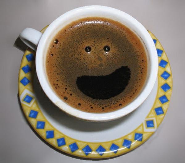 Kaffee-schönes-Bild-Smiley-selber-machen