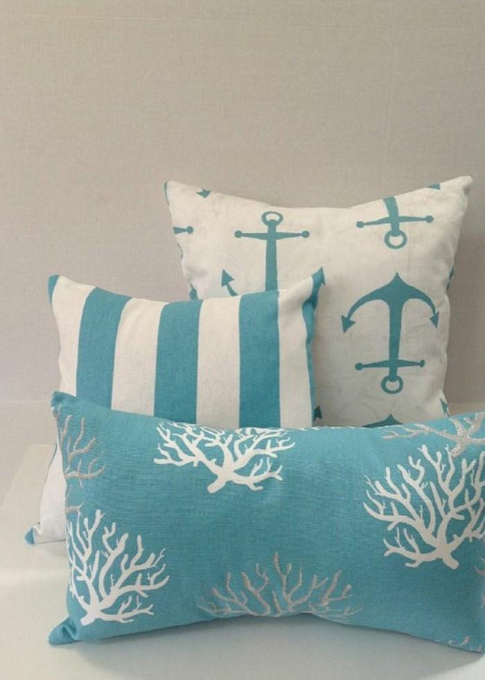 Kissen-blau-mit-Seegras-und-Anker