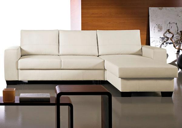 Leder-weißer-Lounge-Chair-Sessel-zu-Hause