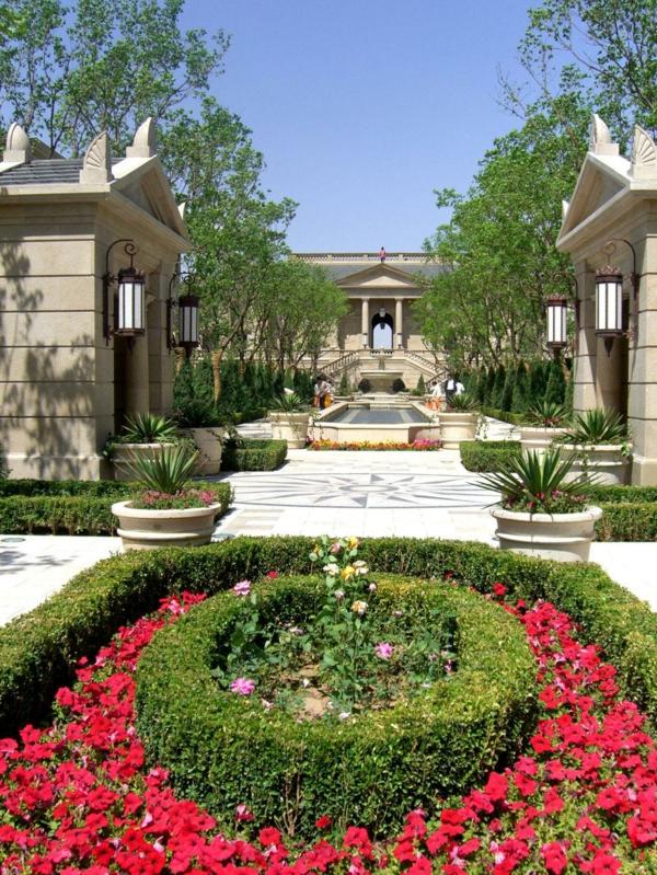 Luxushaus-mit-super-Garten-und-Pool