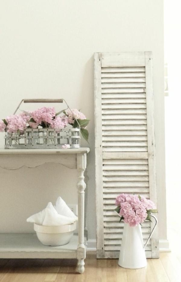 Möbel-Vintage-Weiße-Farbe