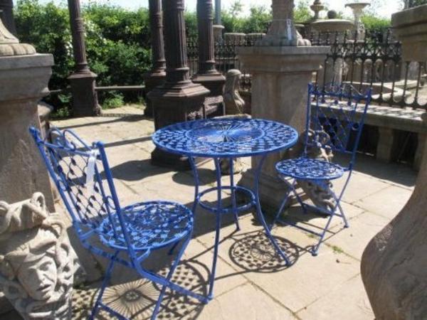 Metall- Gartenstühle-Blaue-Farbe-Gartendesign-Farbe