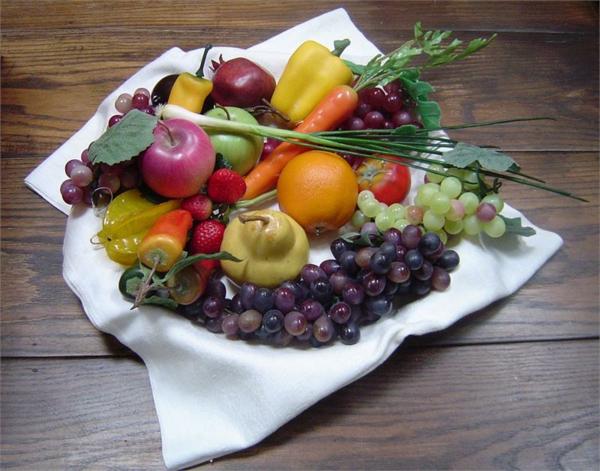Obst-Deko-Gemüsedeko-Ideen-schöne-Gestaltung