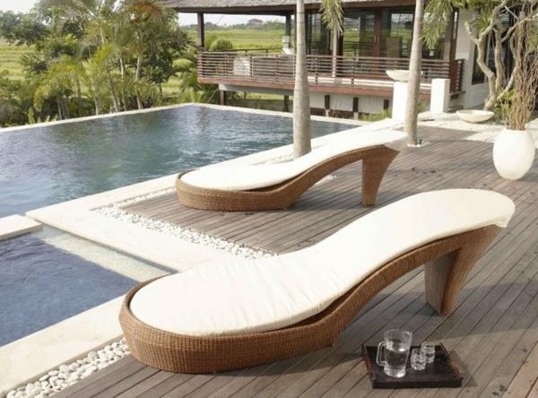 Polyrattan-outdoor-lounge-möbel-liege-High-Heel-optik