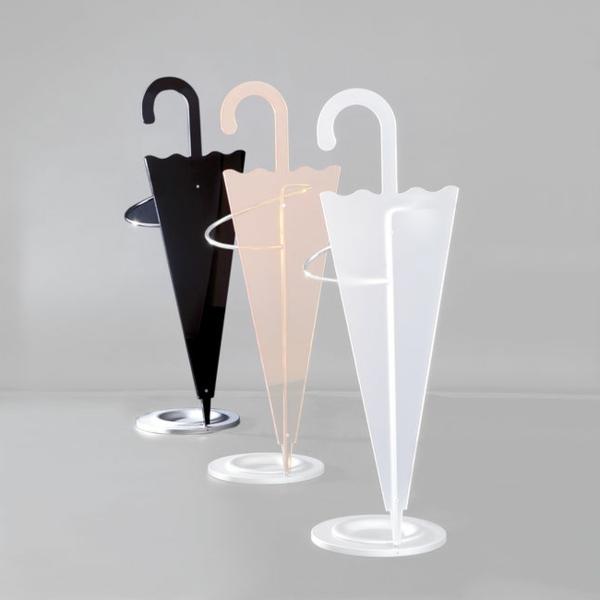 Regenschirm-Aufbewahrung-in-verschiedenen-Farben-Design