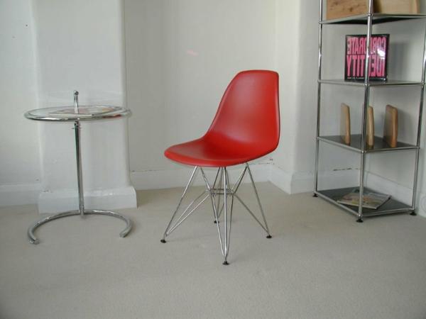 roter stuhl 30 sch ne ideen. Black Bedroom Furniture Sets. Home Design Ideas