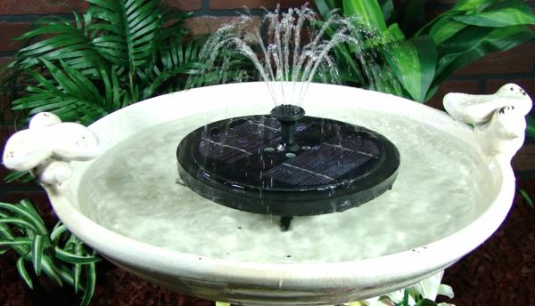 Springbrunnen-solar-Vogelbad-Weiße-Farbe