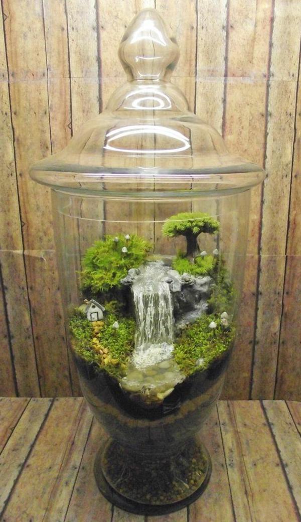 terrarium selbst bauen oder wie erstellt man eine mini pflanzenwelt. Black Bedroom Furniture Sets. Home Design Ideas