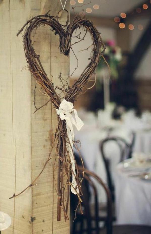 Vintage-Hochzeitsdeko-Idee-Holzdeko