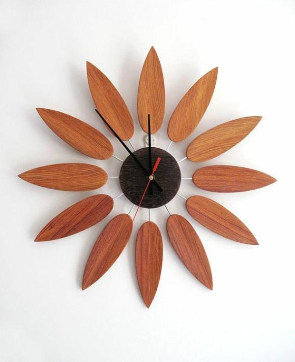 Wanduhr-aus-Holz-Sonnenblume-Idee