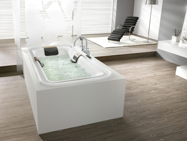 weiße-Whirlwannen-Einbauversion_elegantes-Design