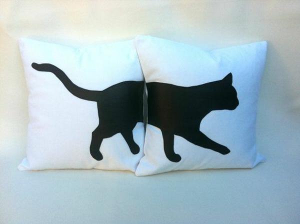 Wohnungsgestaltung-Ideen-katzen-kissen