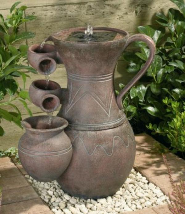 amphora-gartengestaltung-springbrunnen
