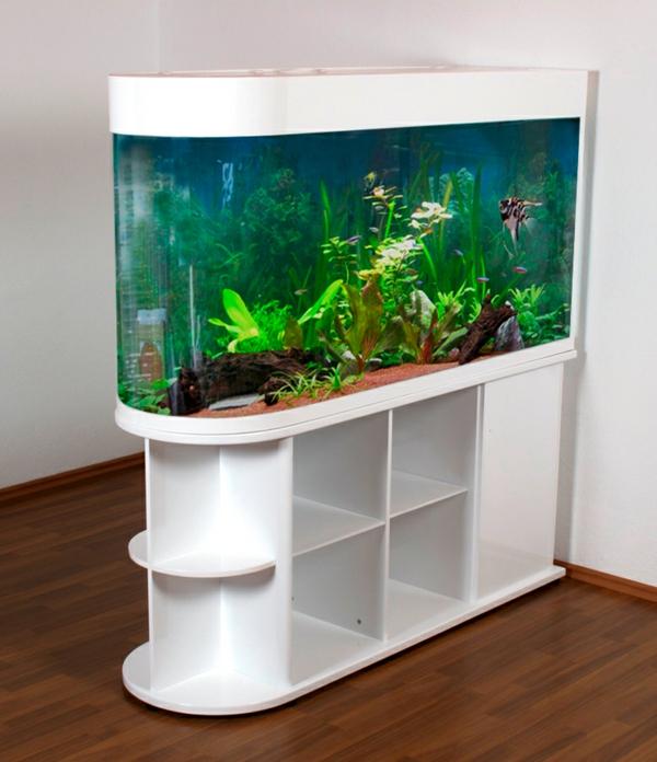 aquarium-raumteiler-weiße-farbe-sehr-modern-erscheinen