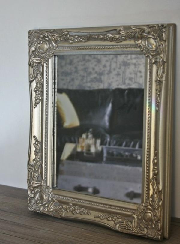 barock-spiegel-mit-silberrahmen-für-die-wand- schöne gestaltung