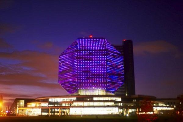 bauart-architekten-schaffen-meisterwerke-belarus-bibliothek - in der nacht